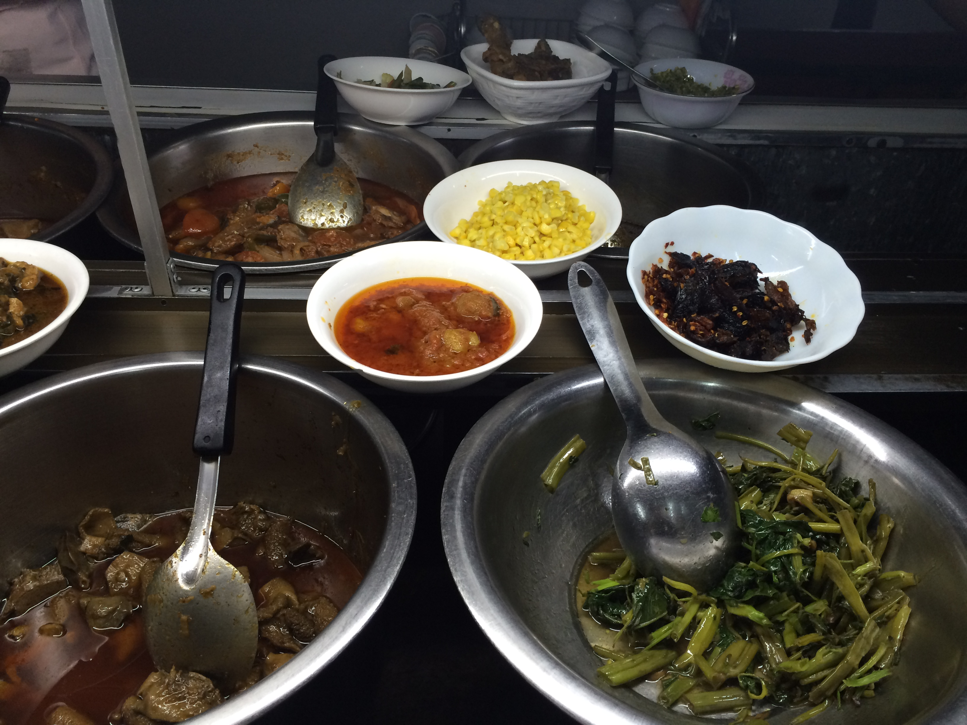 buffet birman, birmanie, myanmar