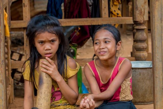 enfants, laos, bolovens, bolaven, plateau, pipe à eau