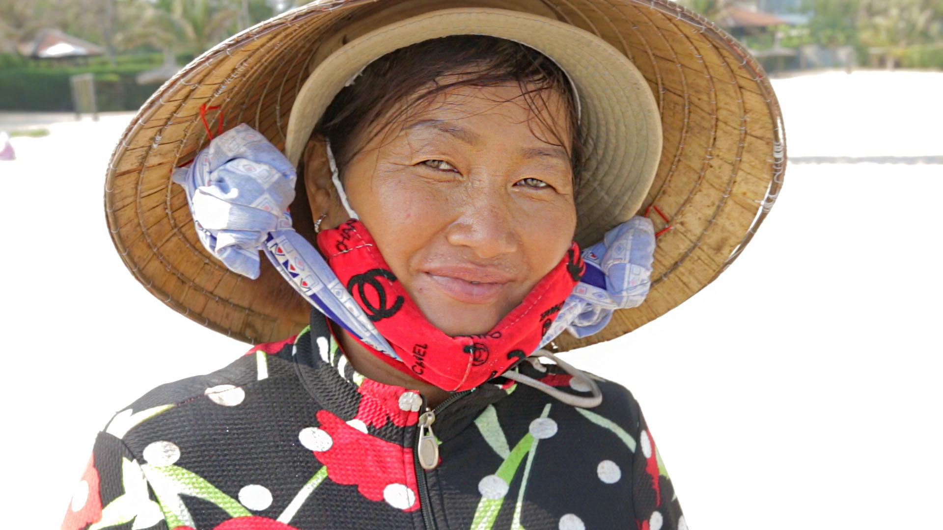 mui ne, vietnam, plage, vendeuse, chapeau vietnamien