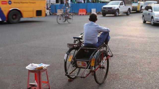 myanmar, birmanie, yangon, birman, cyclo-pousse