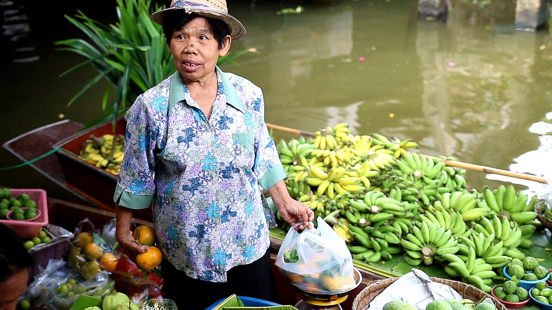 Khlong Lat Mayom, Thaïlande, Bangkok, vendeuse, marché flottant