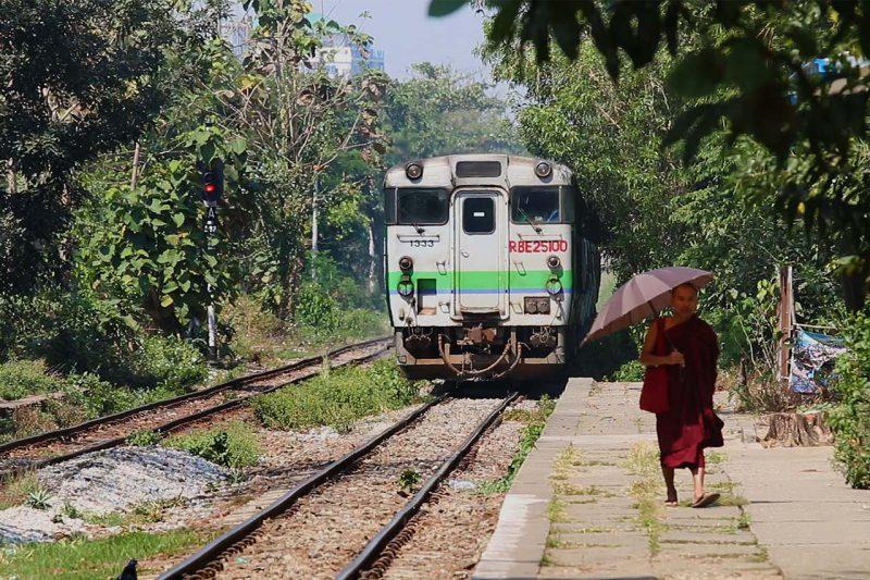 train circulaire, yangon