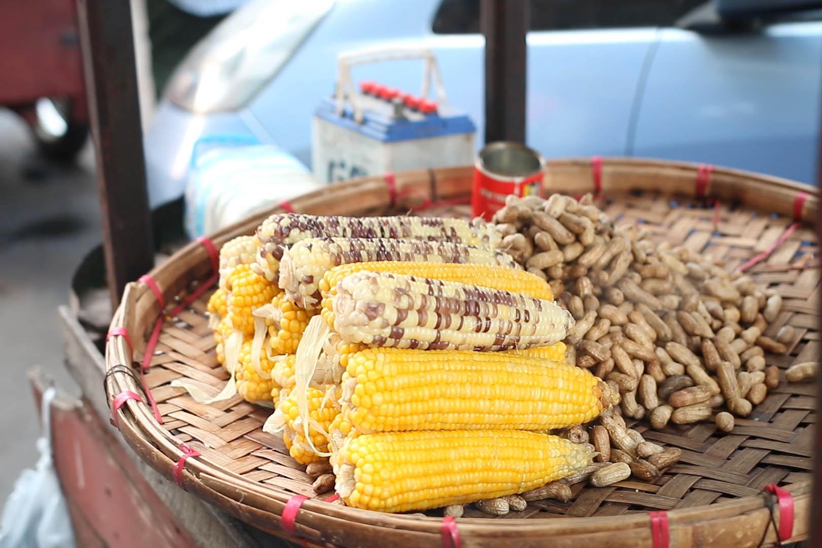 marché birman, maïs