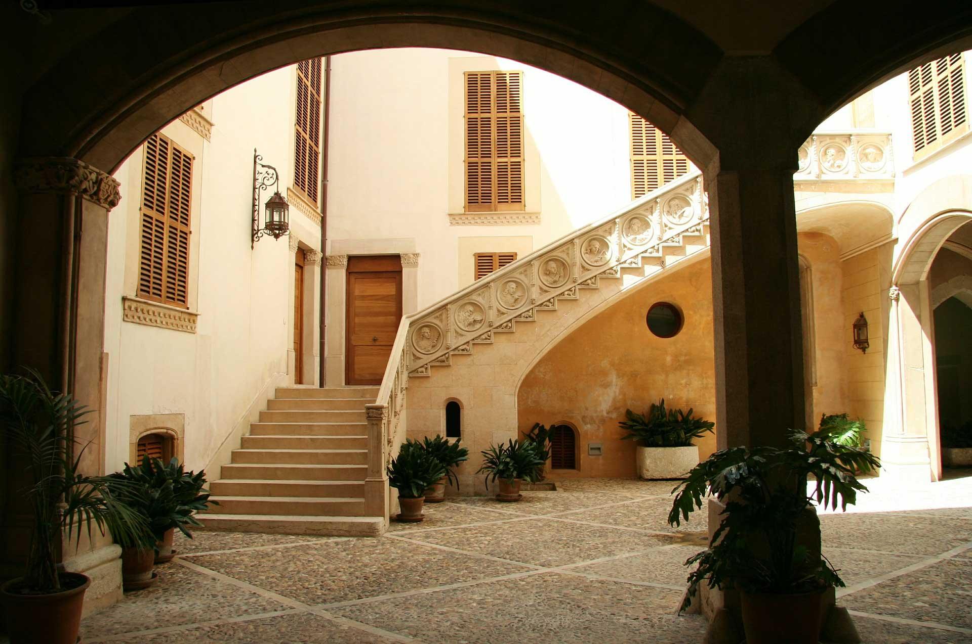 Spanish Courtyard - Lytchee