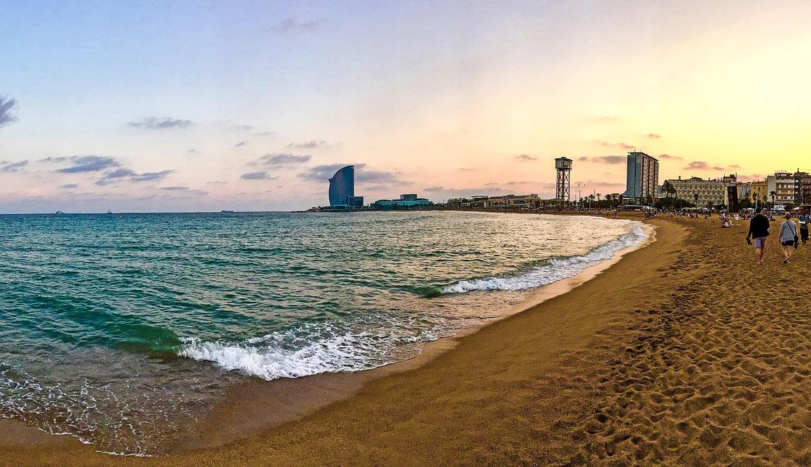 Barcelona Beach - Lytchee